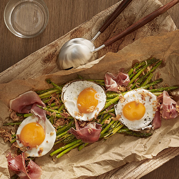 Fried egg, wild asparagus and Bayonne ham shavings